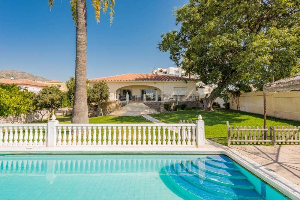 villa en marbella · nueva-andalucia 760000€