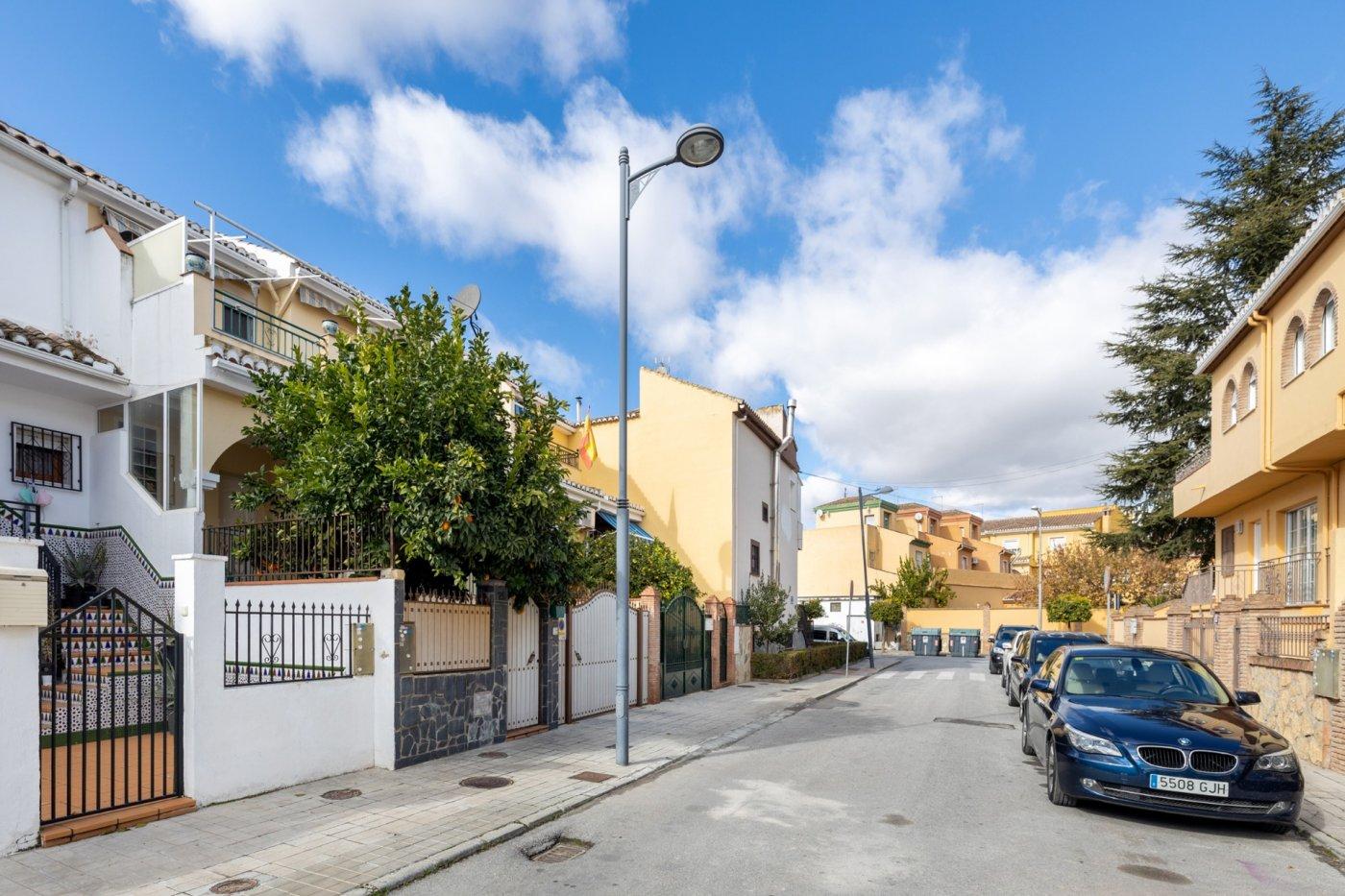 Casa Adosada bien situada en Santa Fe - Granada, Granada