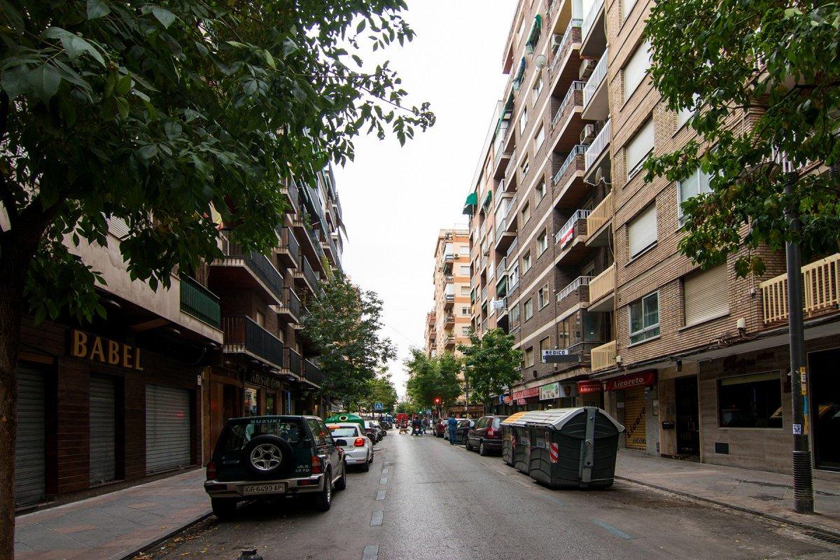 EN PEDRO ANTONIO ALARCON JUNTO PLAZA MENORCA, Granada