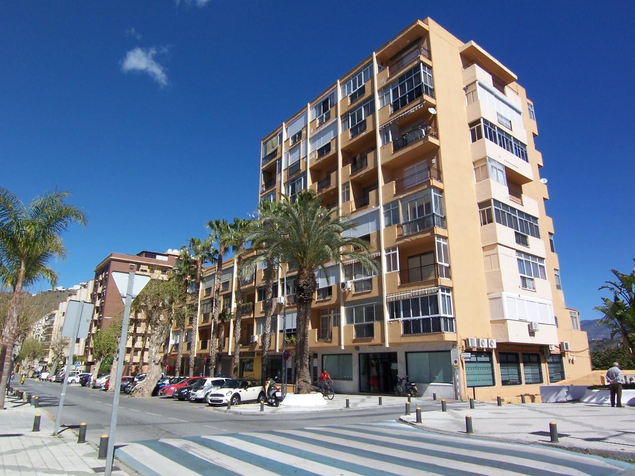 EN ALMUÑECAR AVENIDA COSTA DEL SOL, Granada