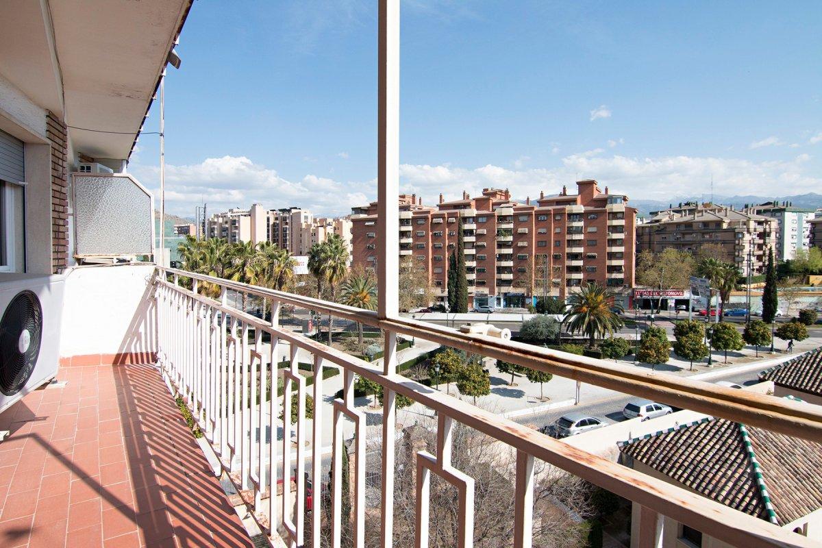 FRENTE PALACIO DE CONGRESOS, Granada