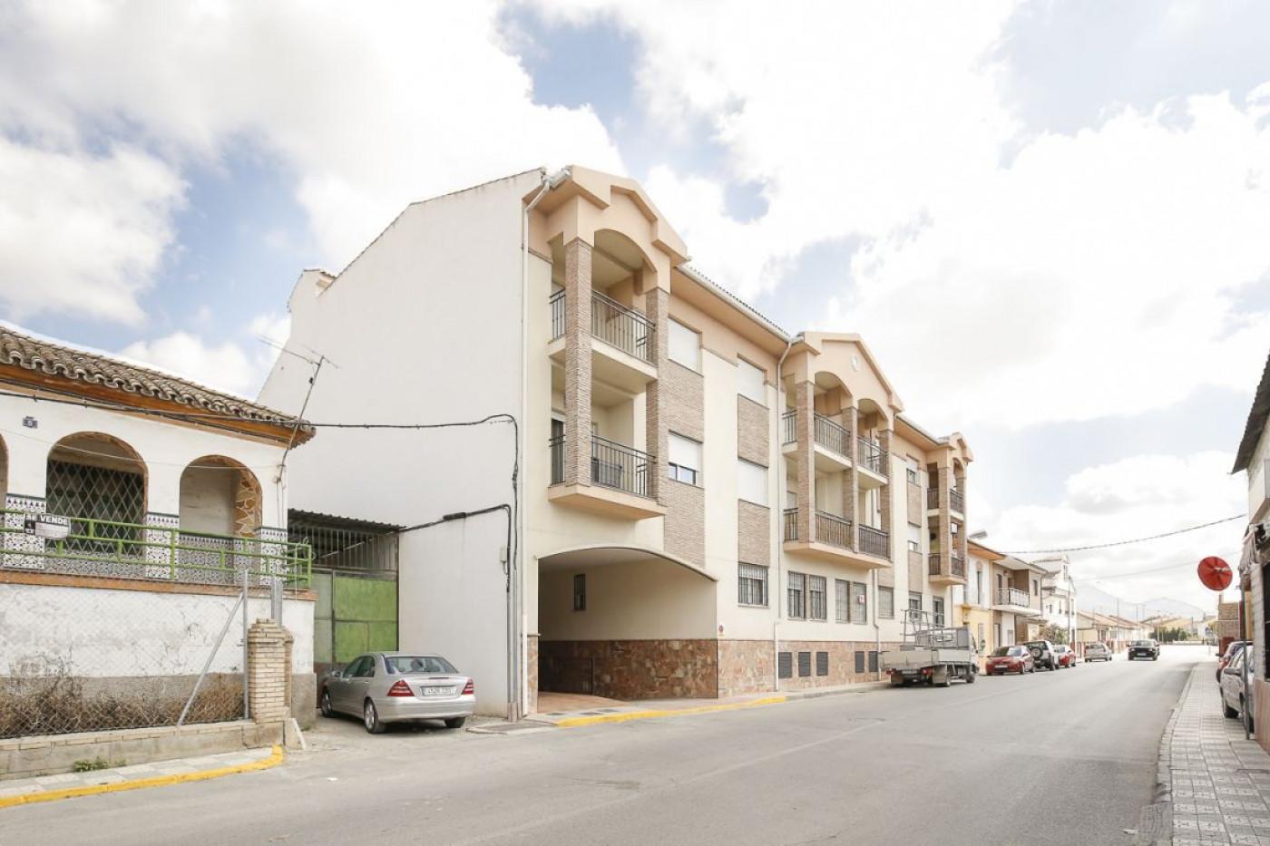 Estupendo piso de 2 dormitorios en el centro de Fuentevaqueros a estrenar. Ref: 1262, Granada