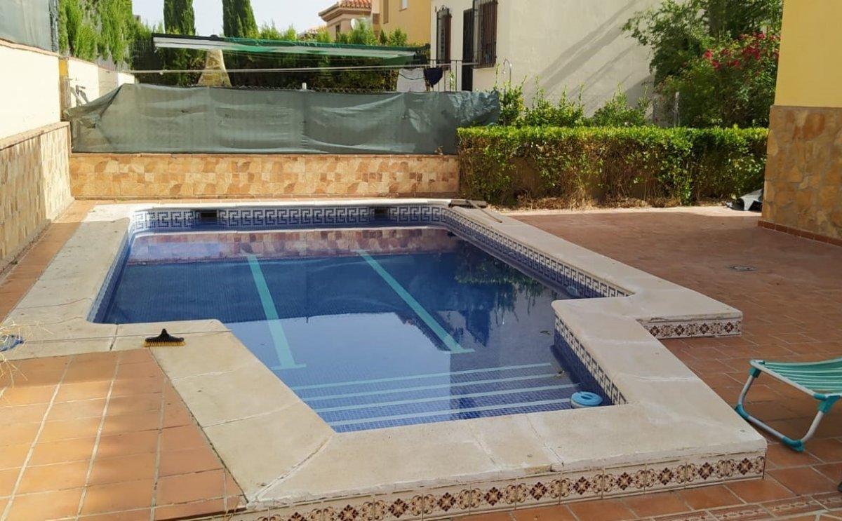 Fabuloso chalet en el ventorrillo, listo para entrar a vivir, con piscina y parcela de 390m