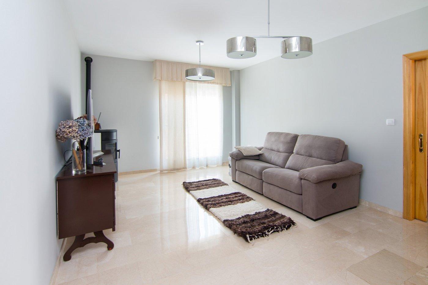 Precioso piso en Ogijares para entrar a vivir, Granada
