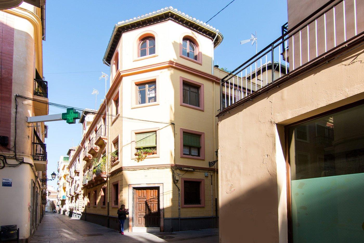 Edificio completo en pleno centro de Granada.  8 viviendas en Barrio de la Magdalena, Granada