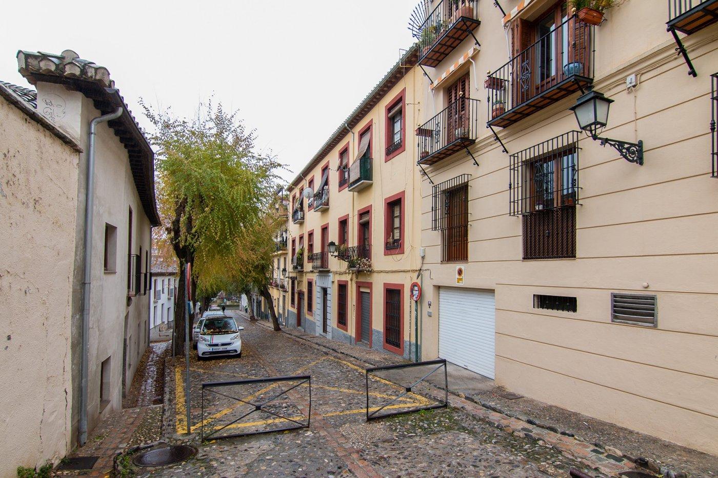 Edificio completo en el Realejo.5 viviendas y un local. Excelente inversión. Ref 20070, Granada