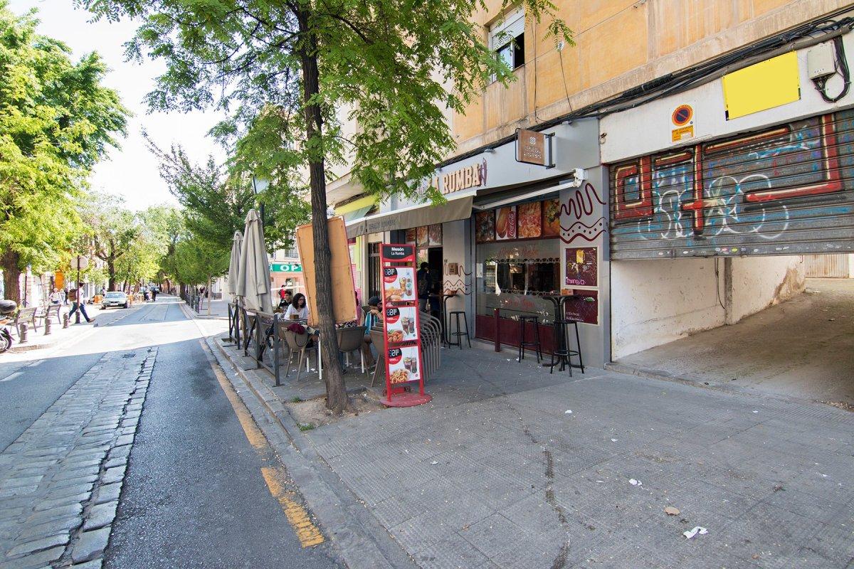 Local ideal para uso como garaje cerrado u almacén. Real de Cartuja, Granada