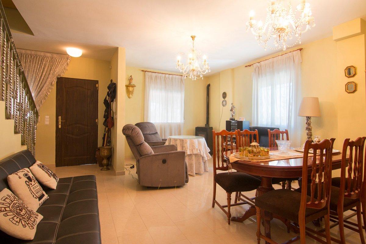 Casa Adosada en Cijuela, Granada