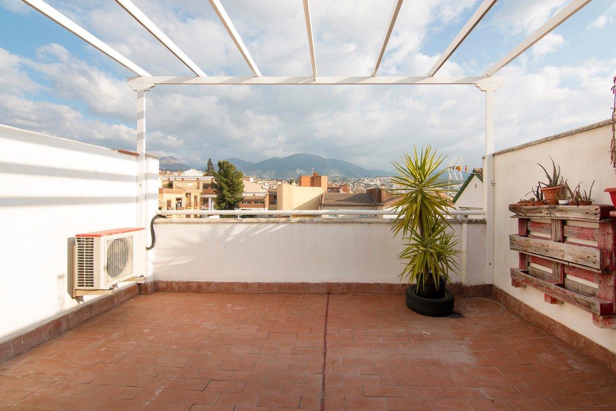 Piso con espectacular terraza en Huetor Vega, Granada