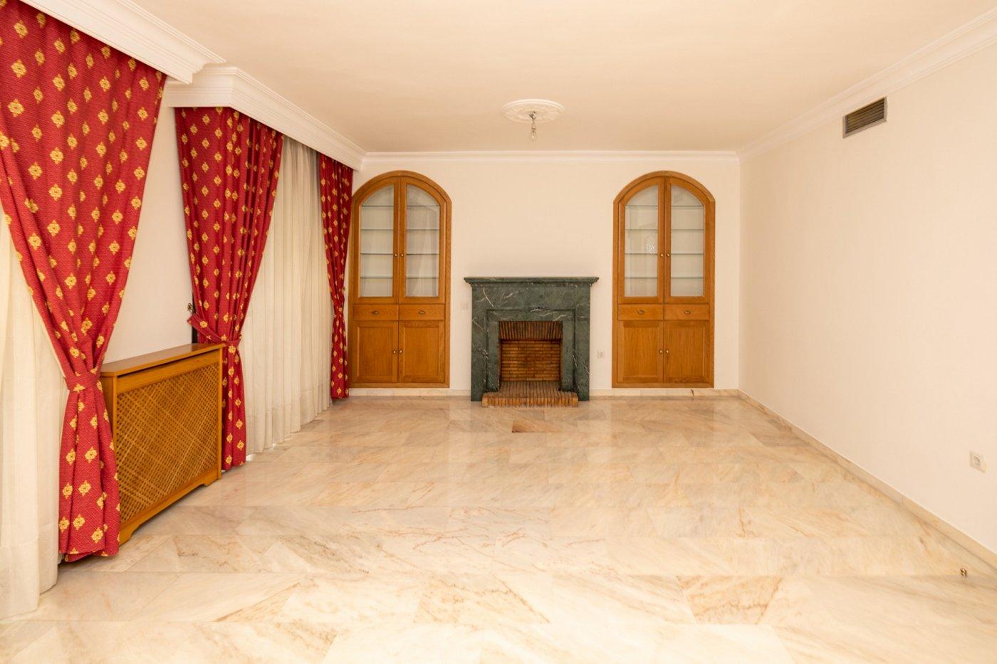 Fantastico piso junto a fuente de las batallas