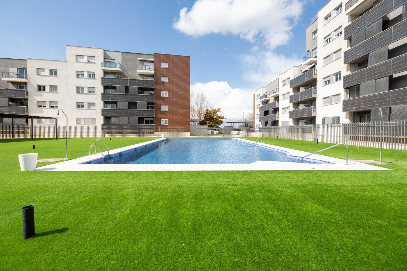 A la venta piso en la mejor urbanización de alhendin