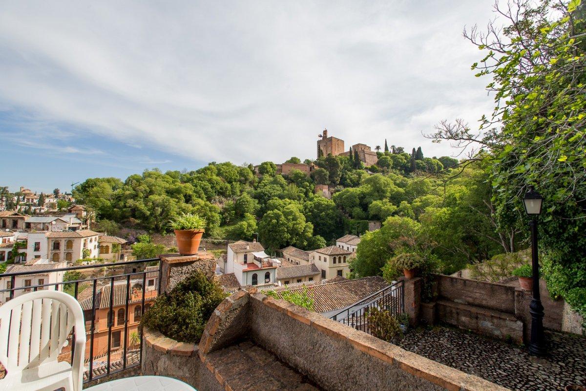 Piso a los pies de la Alhambra, Granada