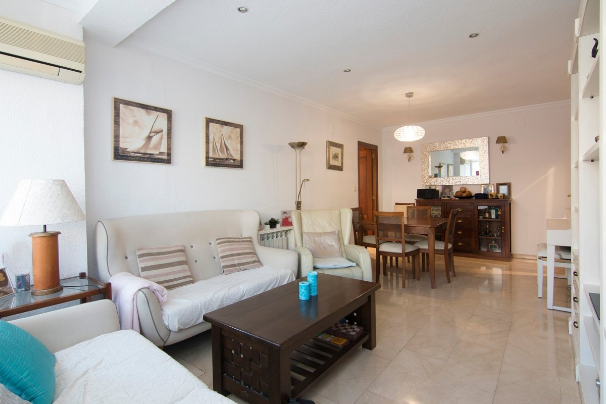 Magnífico piso junto a calle Alhamar, Granada