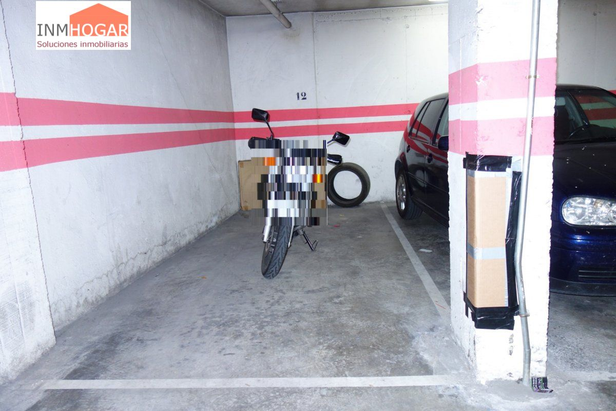 Plaza de parking en venta en Ávila