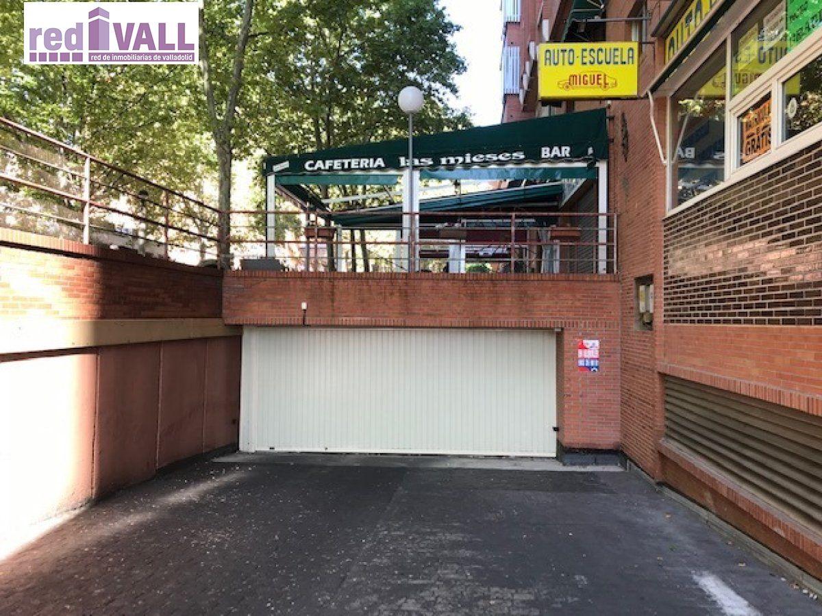 Garaje en alquiler en Parquesol, Valladolid