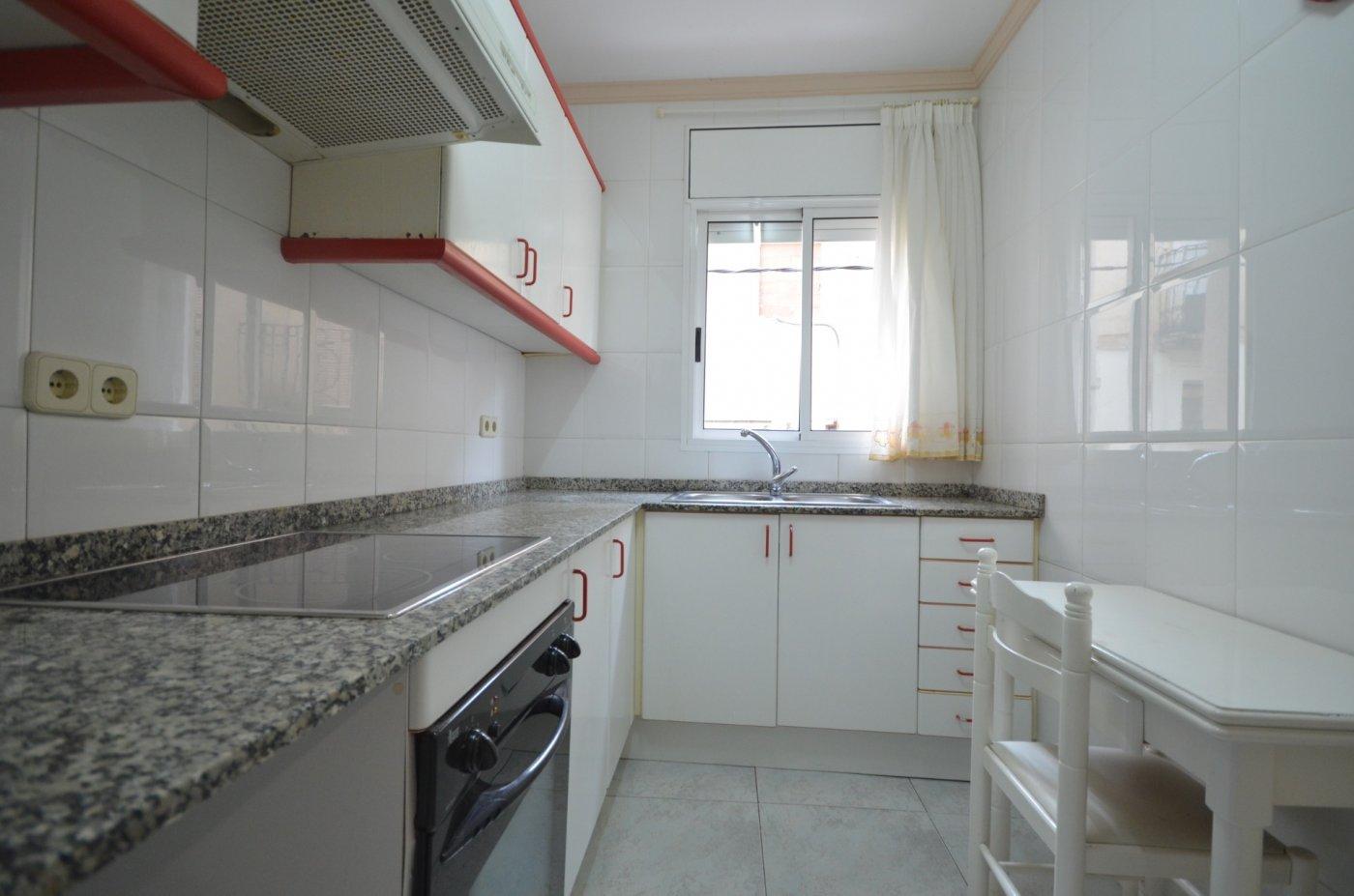 piso en montbrio-del-camp · zona-poble 78000€