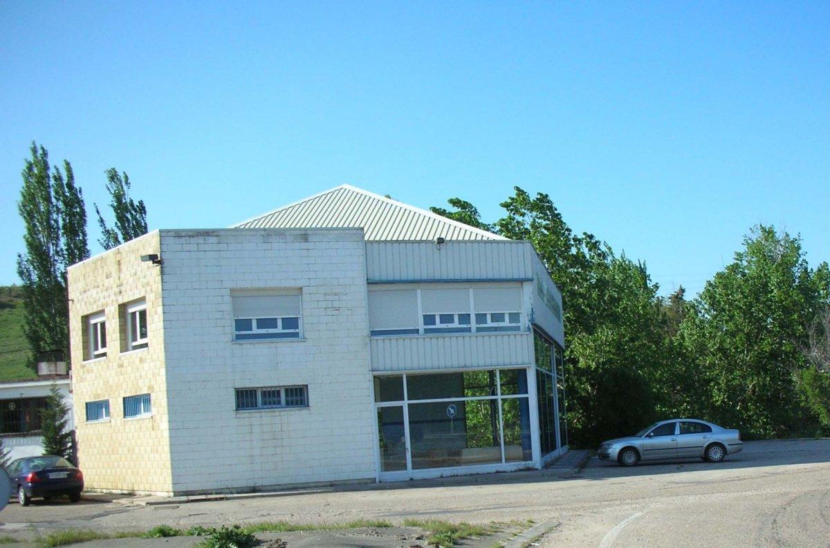 barraca industrial venta valladolid de metros cuadrados 700 en la zona de valladolid ref solviaberrocal