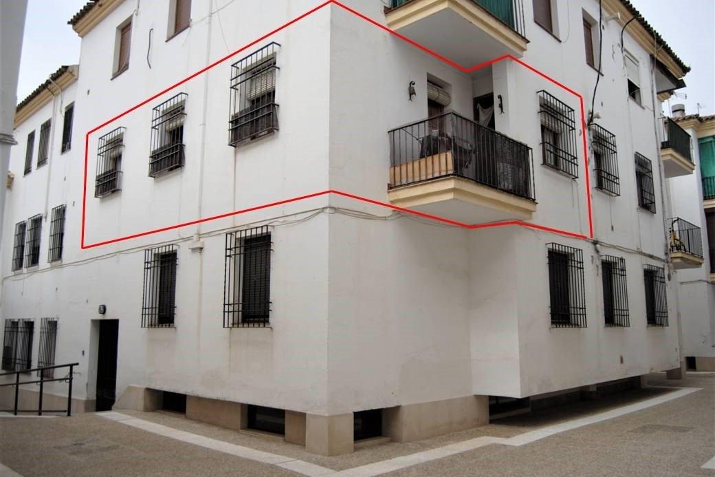 piso en cordoba · la-corredera 79000€