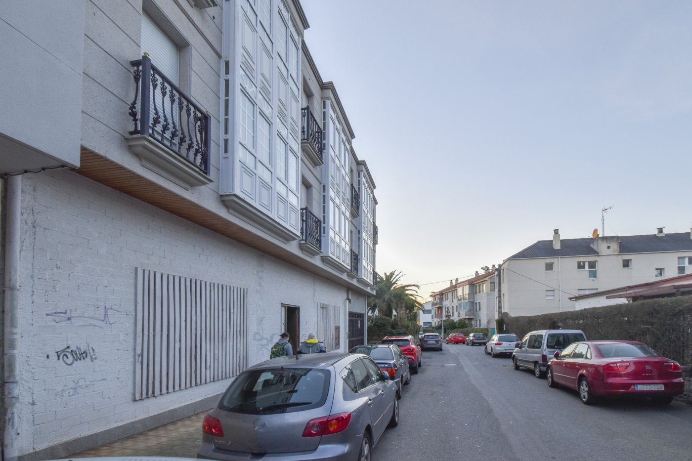 local-comercial en oleiros · *santa-cruz 190000€