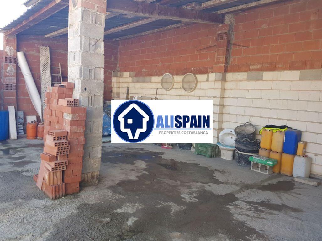 Parcela urbana en venta en Alicante