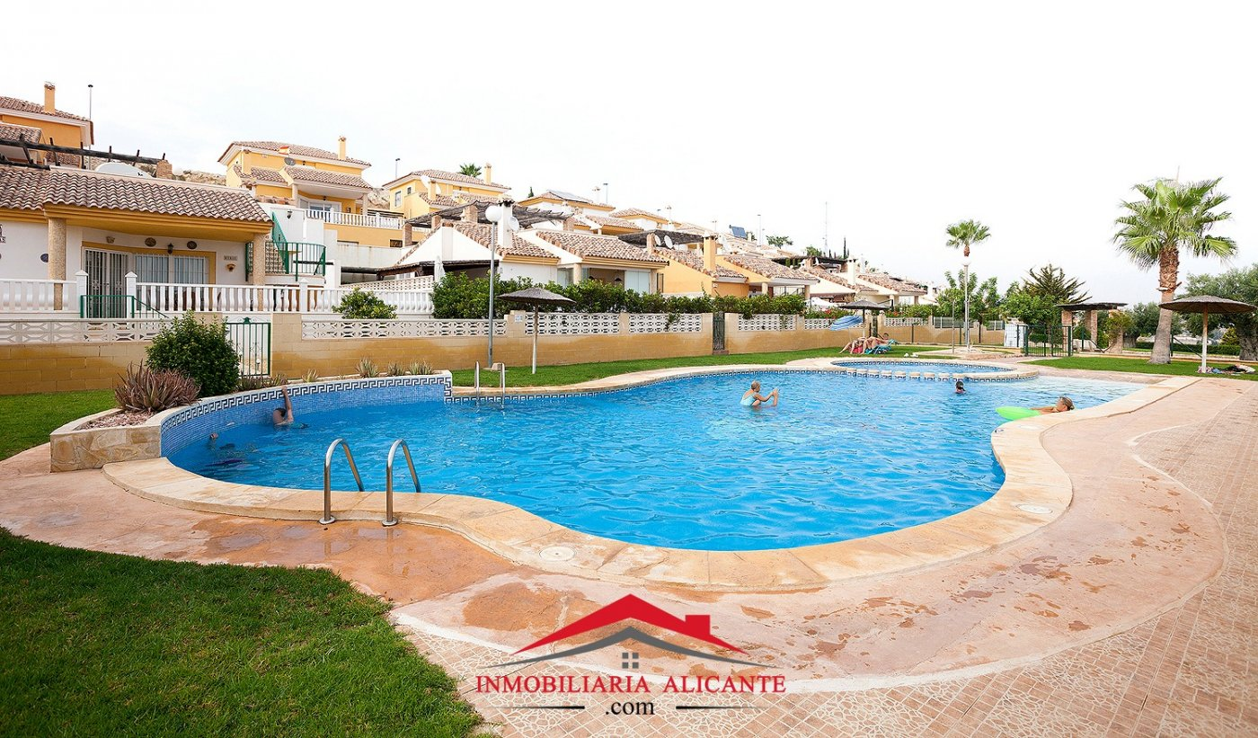 chalet en mutxamel · dorado-country-club 262000€