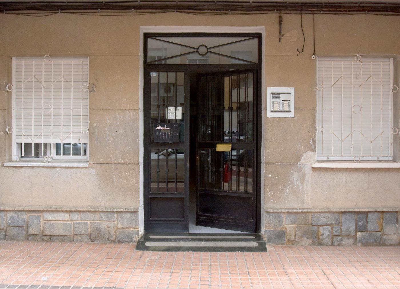 Piso entrar a vivir en venta en Cartagena, Ramon Y Cajal