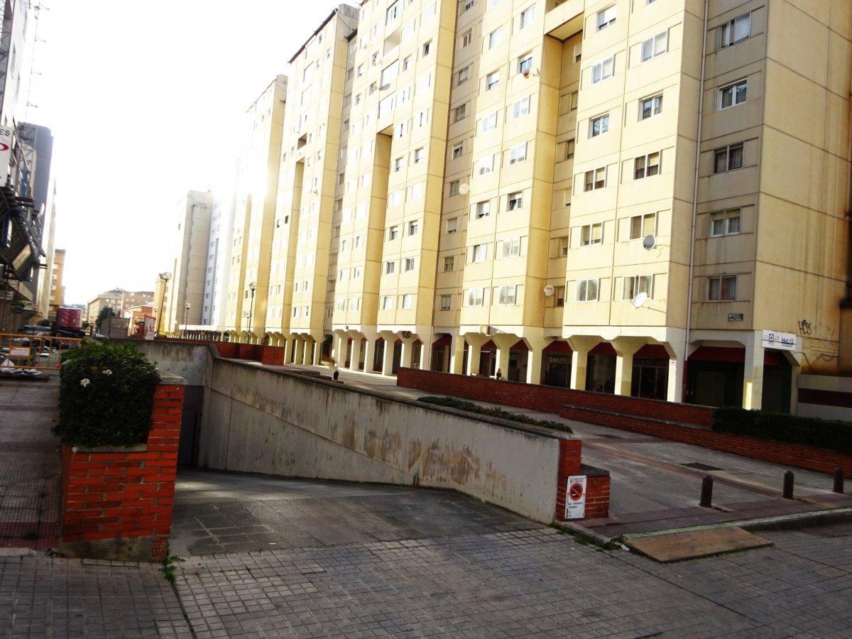 Garaje en alquiler en Barañain Centro, Barañain