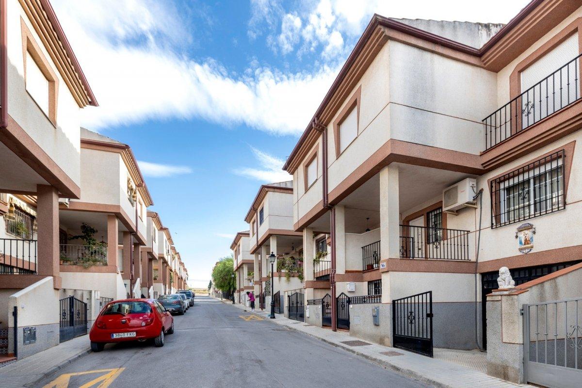 Venta de casa adosada en Las Gabias (Granada), Granada