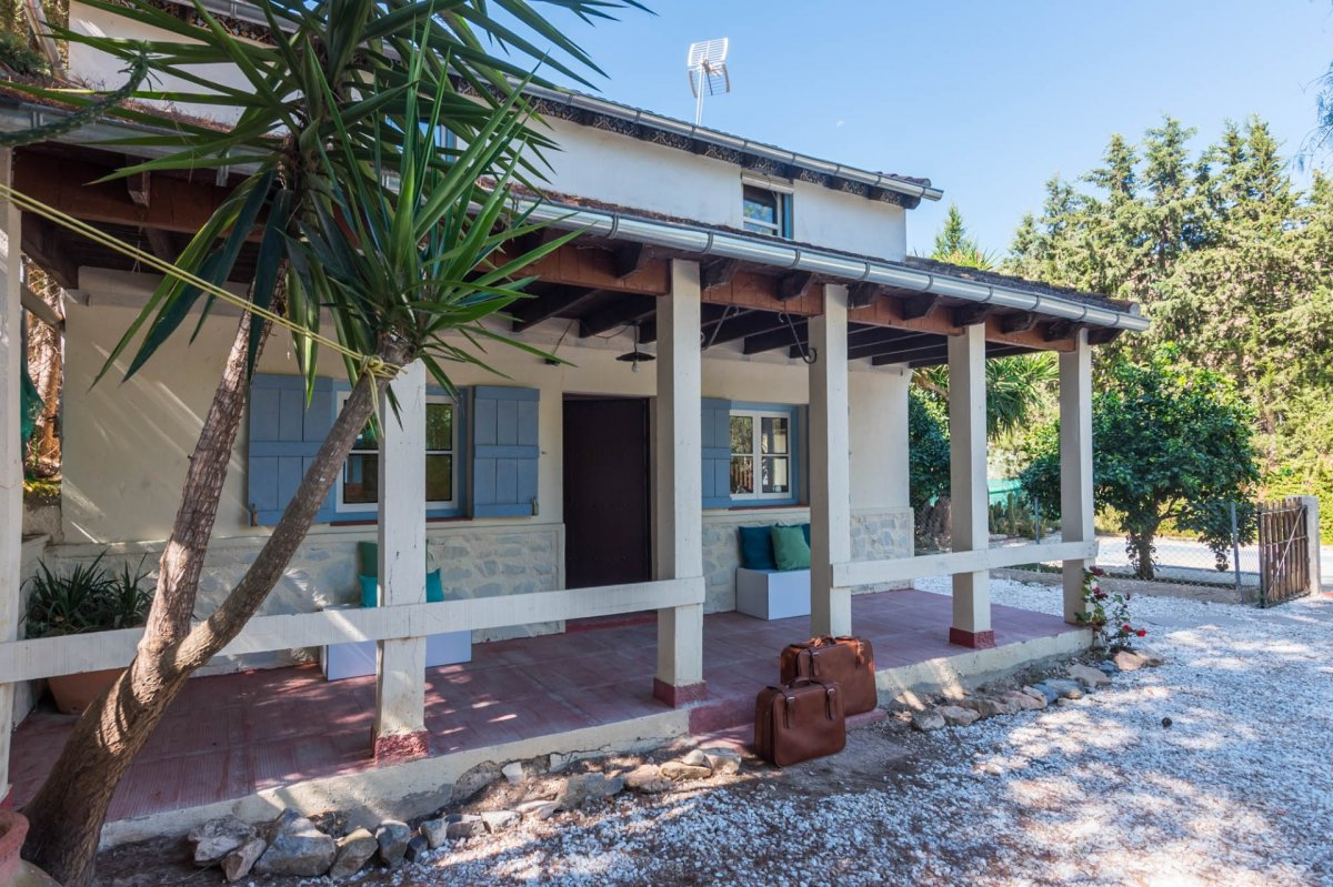 casa-con-terreno en murcia · algezares 139900€