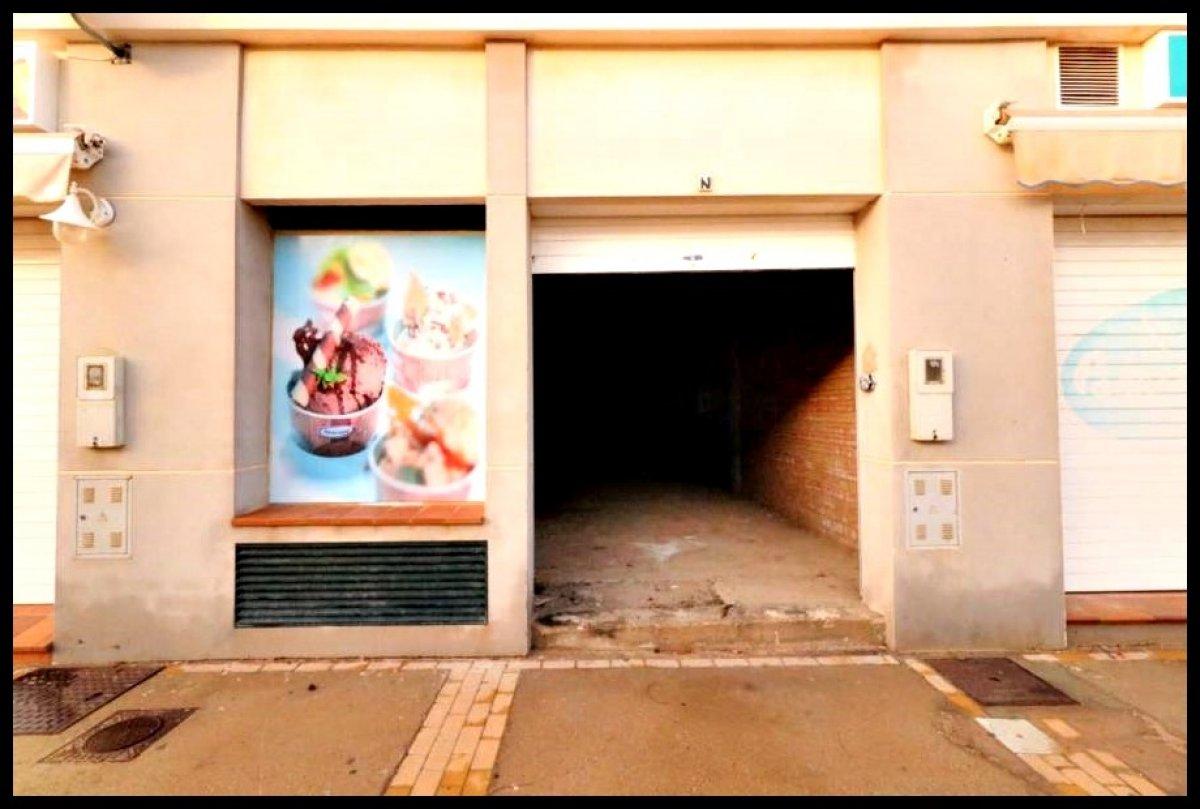 Local comercial en venta en Isla Cristina
