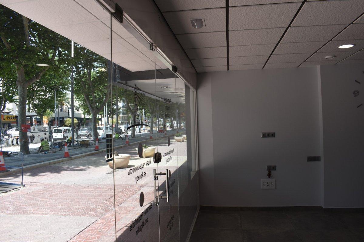 Premises for rent in Avenida del Mediterraneo, Benidorm