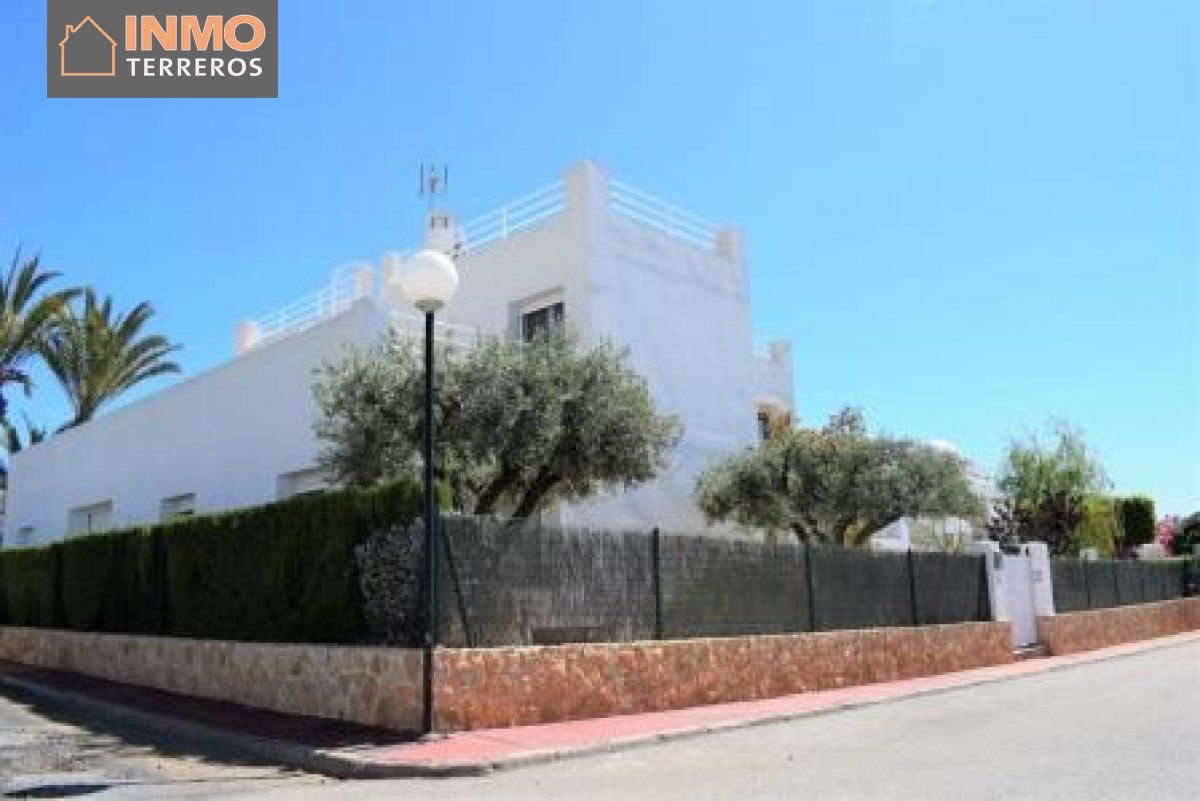 Chalet for sale in El palmeral, Mojacar