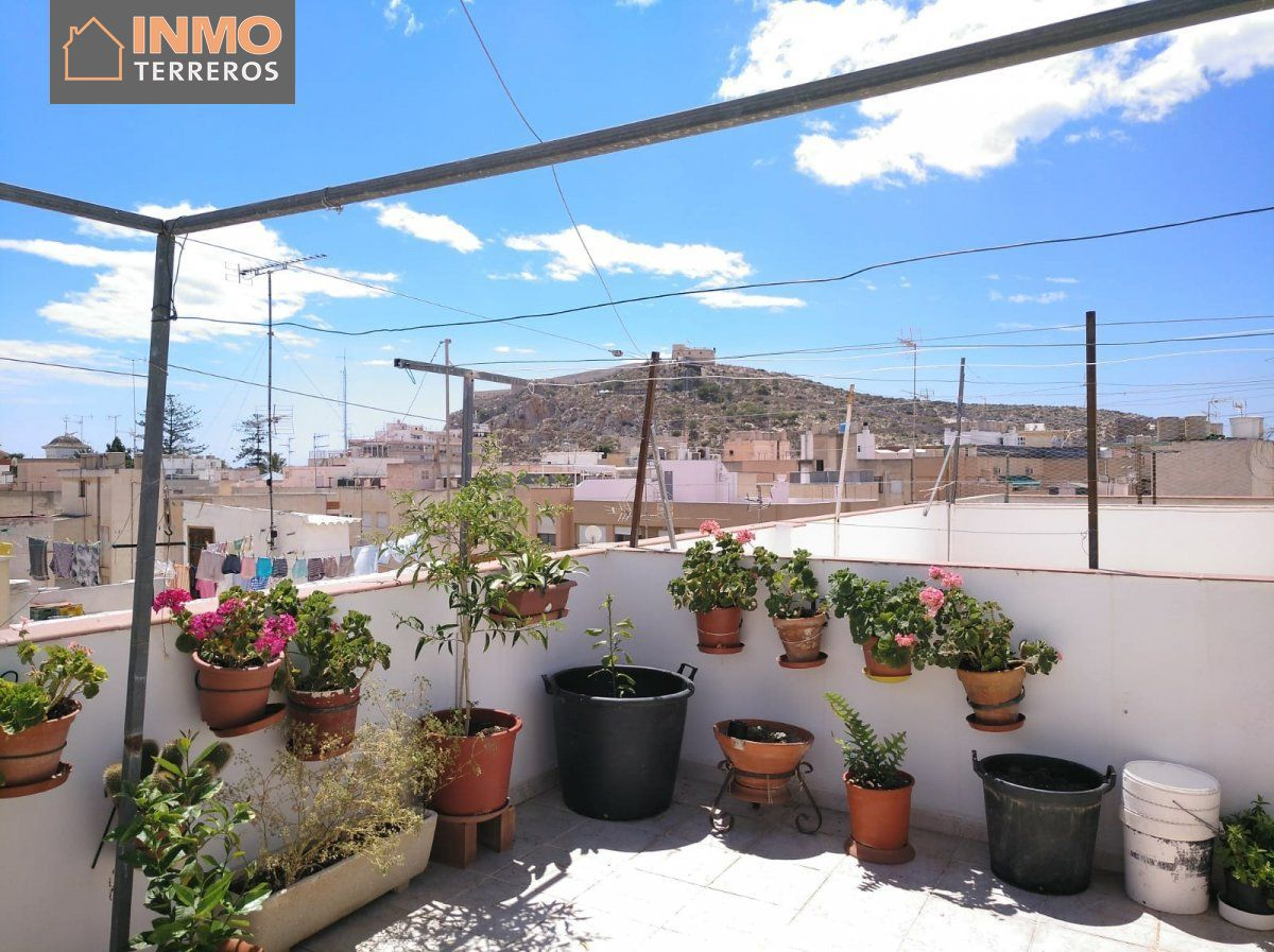 Townhouse for sale in Centro, Aguilas