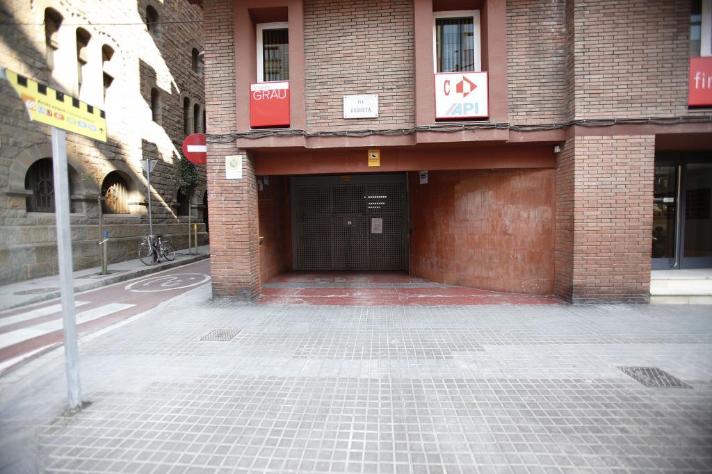 – Vila de Gràcia 8 m2 photo2