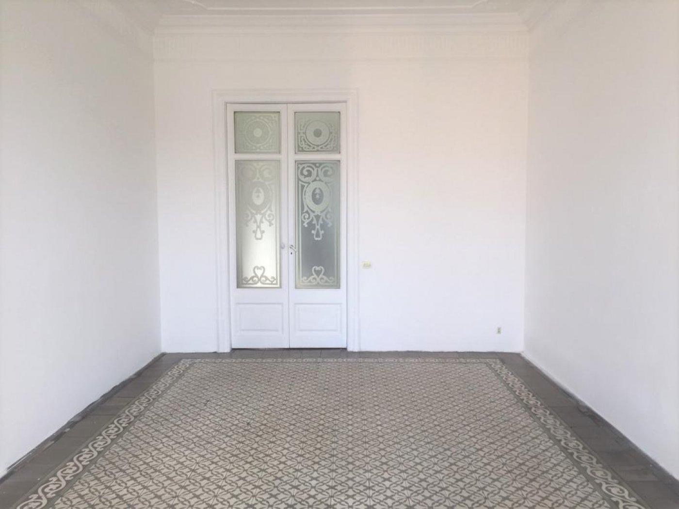 – Vila de Gràcia 191 m2 photo13
