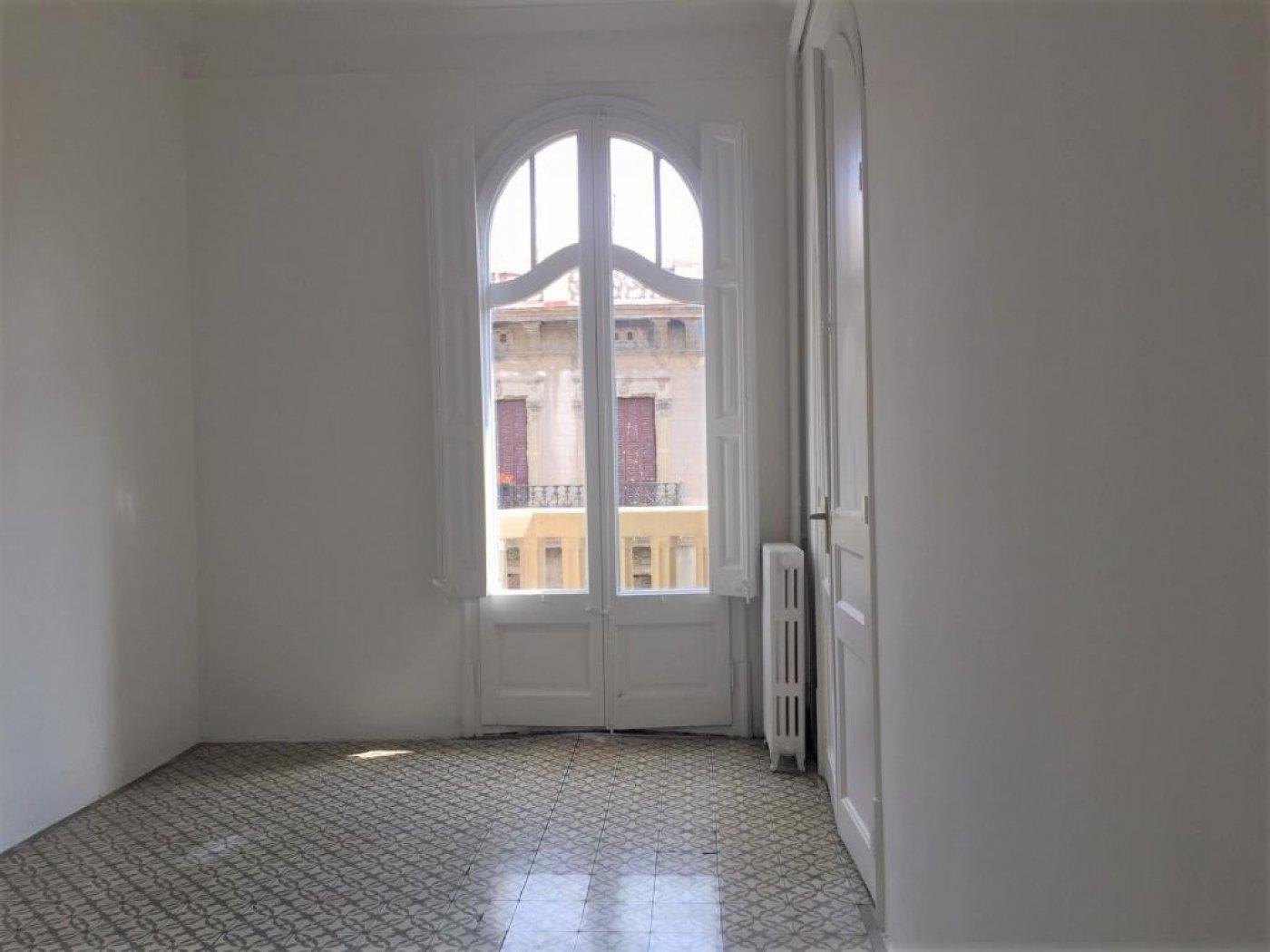 – Vila de Gràcia 191 m2 photo5