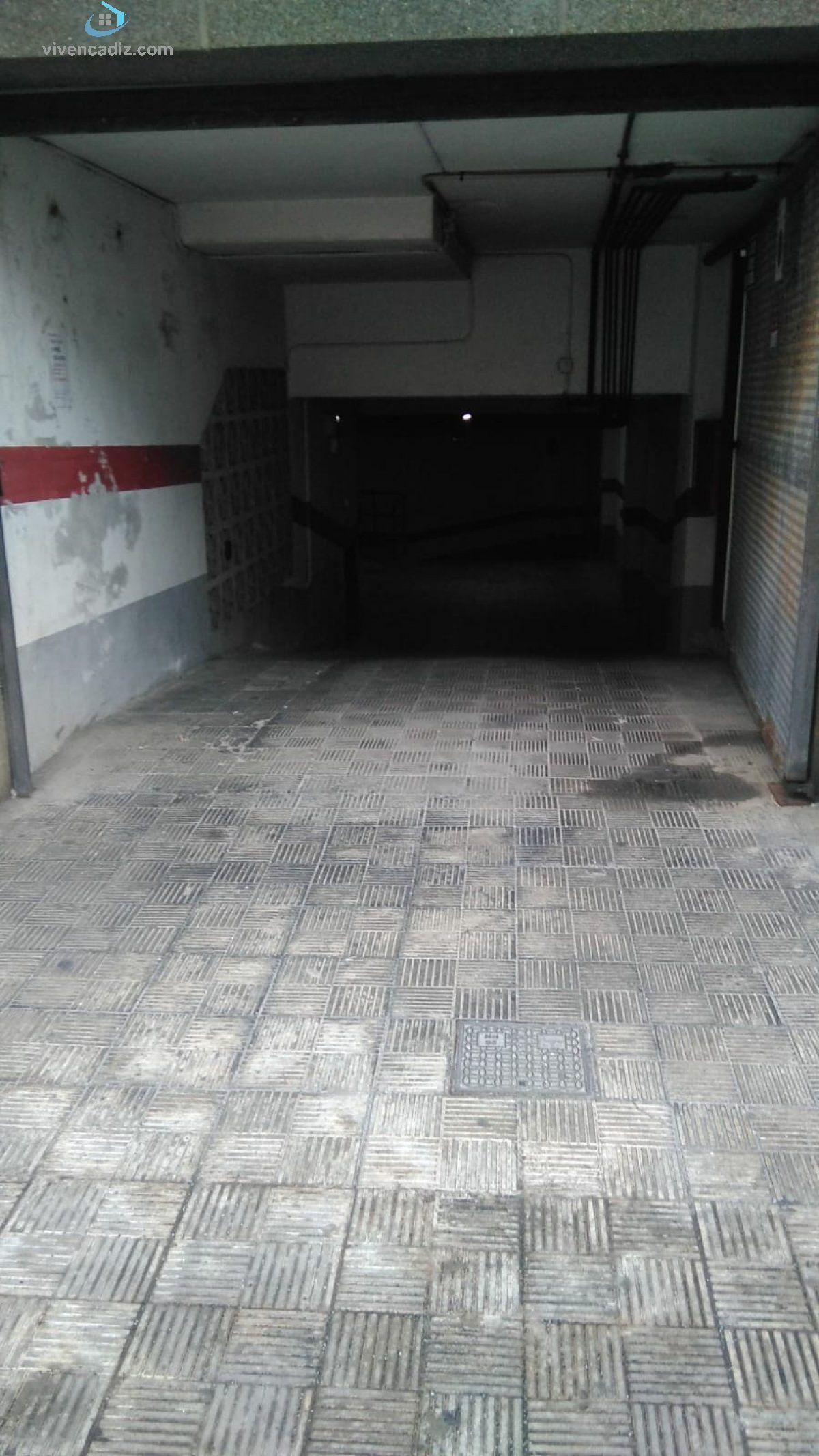 Plaza de parking en venta en Cádiz