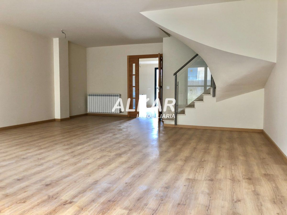 House for sale in Queiles, Tudela