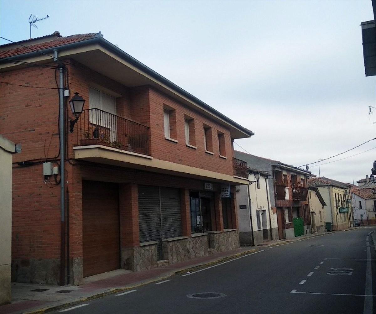 Edificio en venta en Cantimpalos