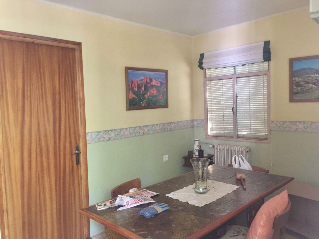 Casa en venta en Borrenes zona Orellán