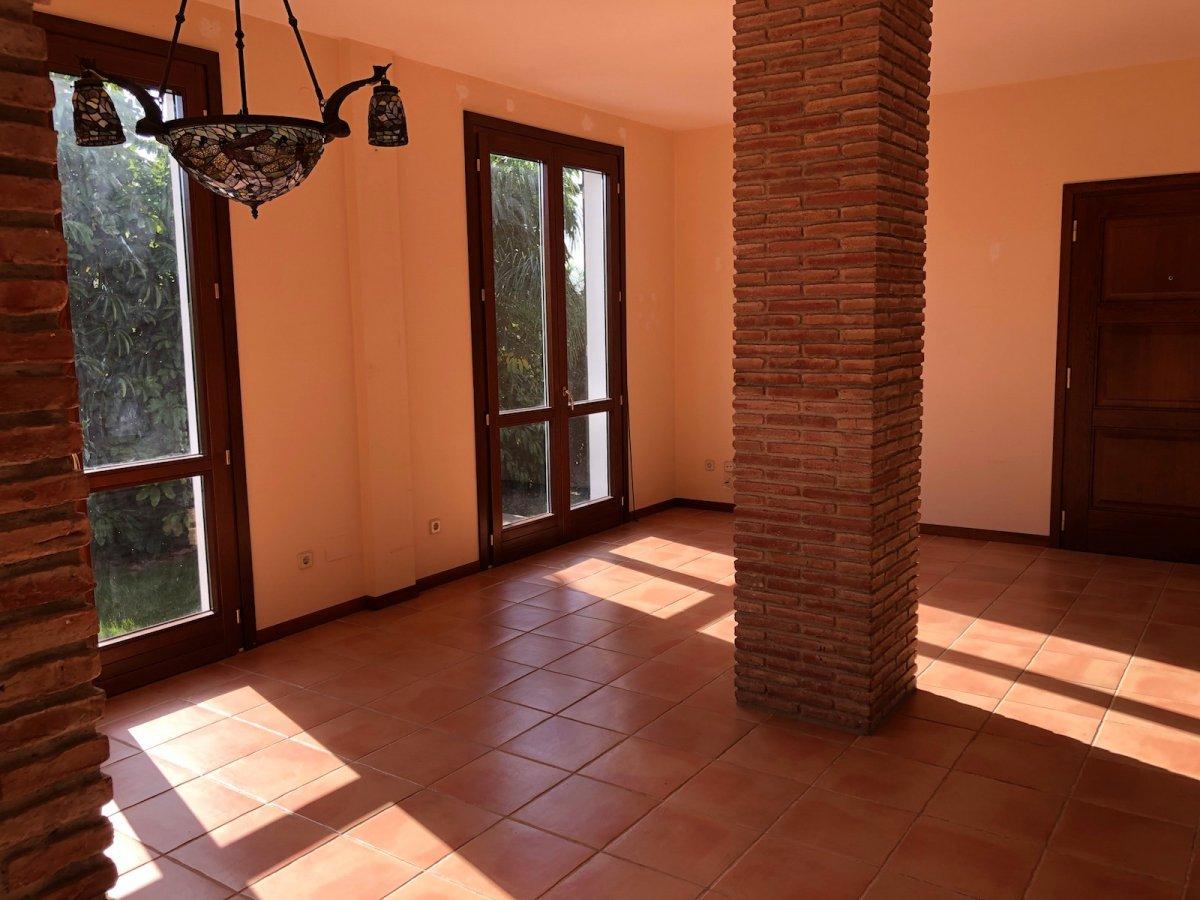 Villa with big plot Bel -Air Estepona