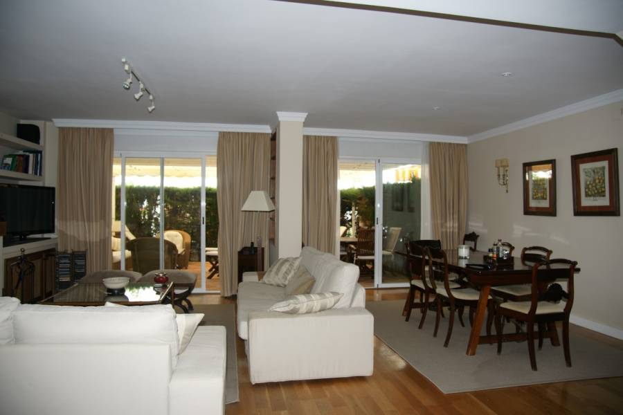 Townhouse in Marbella beachfront