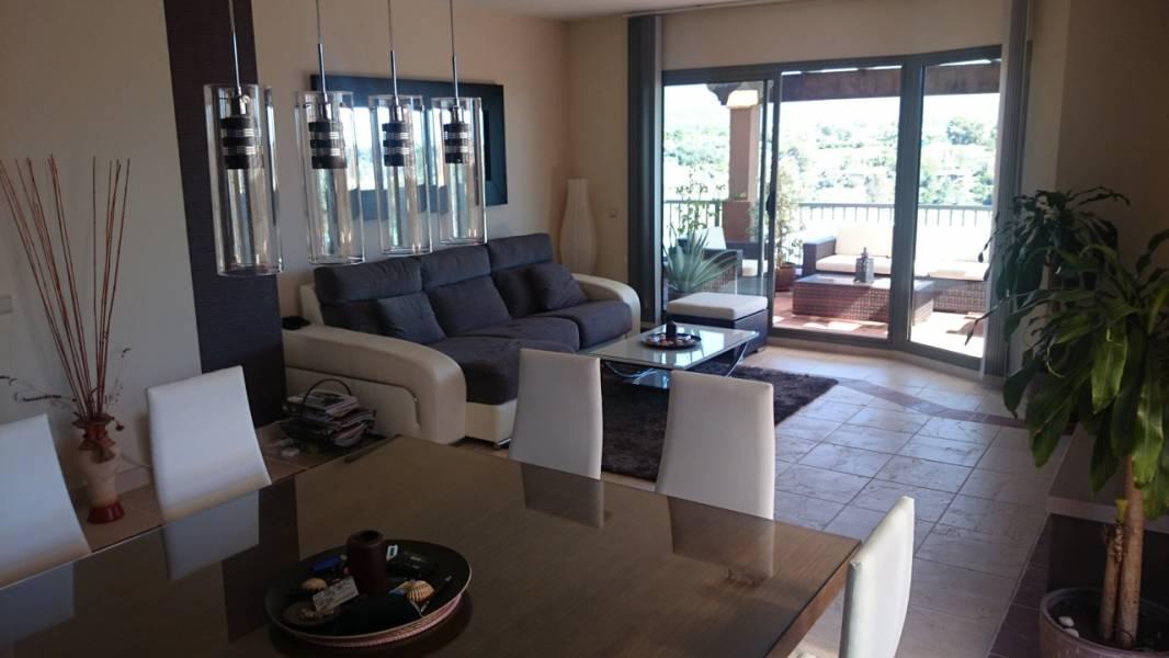Amazing penthouse in Benahavis,Marbella