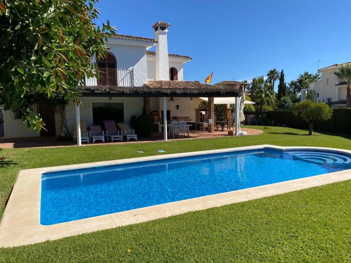 Villa Nagueles in Marbella