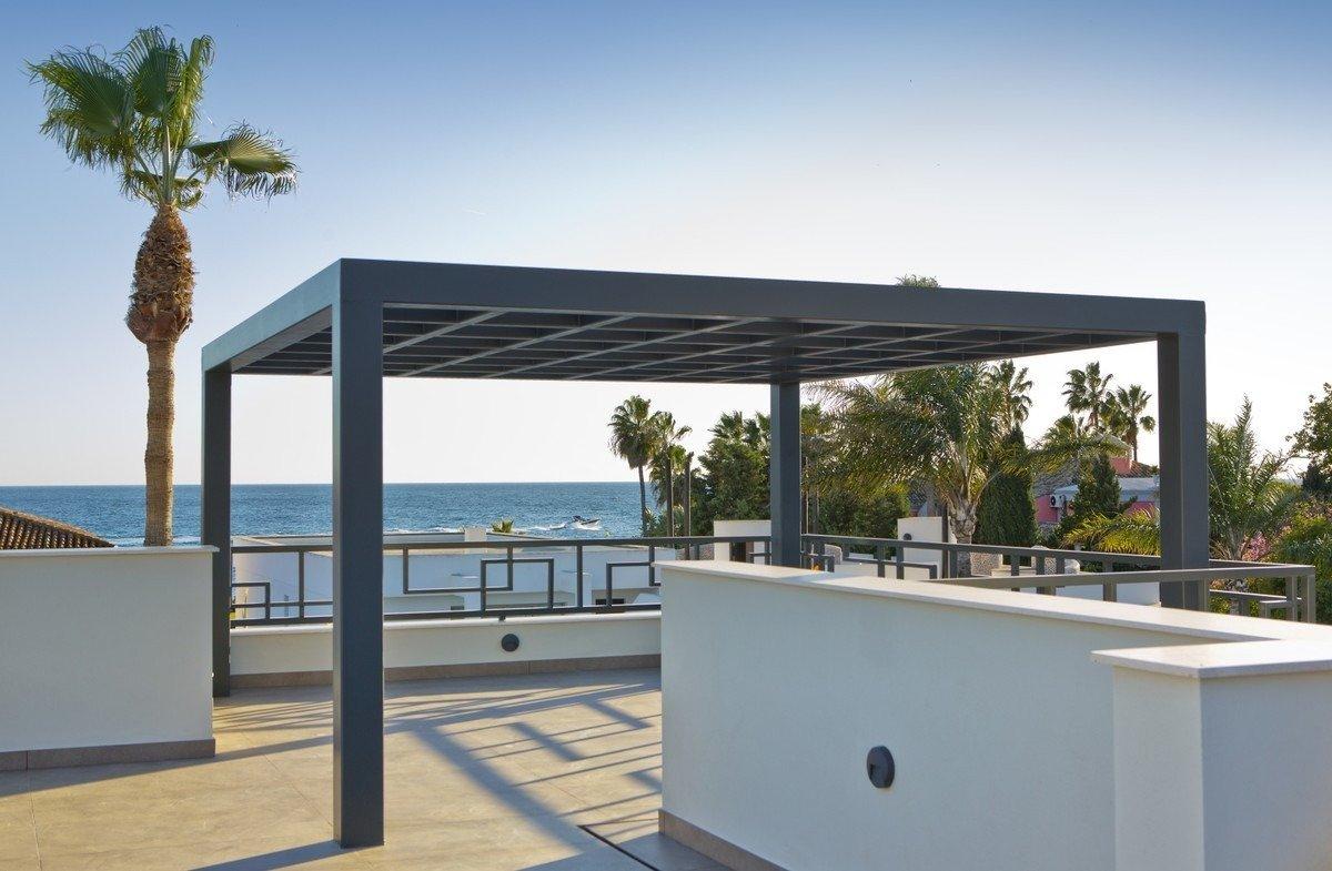 Casasola, Guadalmina Baja New Villa 100m from the beach