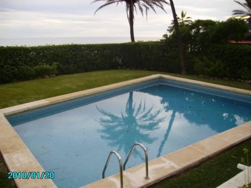 Ground Floor Apartment for sale in Oasis de Marbella, Marbella Golden Mile