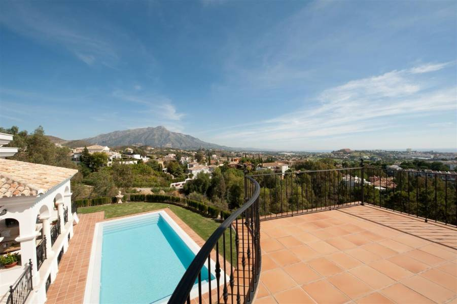 Amazing villa in Benahavis