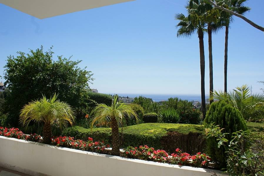 PERFECT 3BEDROOM APARTMENT WITH SEAVIEWS