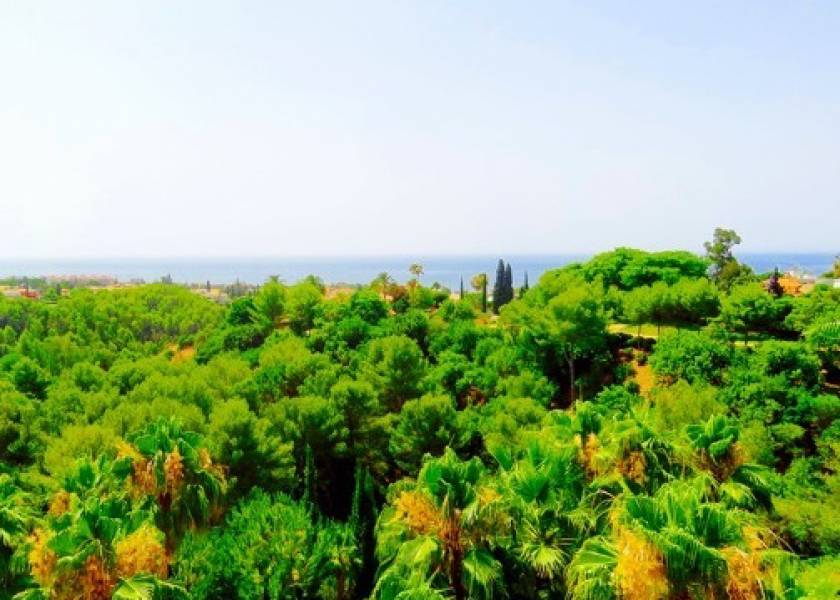 Stunning penthouse in Sierra Blanca, Marbella with fantastic sea views