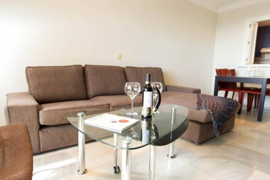 Nice apartment totally refurbished in Milla de Oro,Marbella